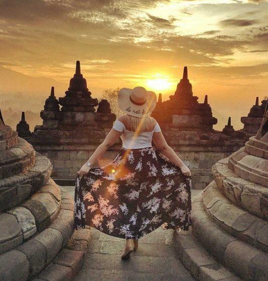 borobudur prambanan temple tour package